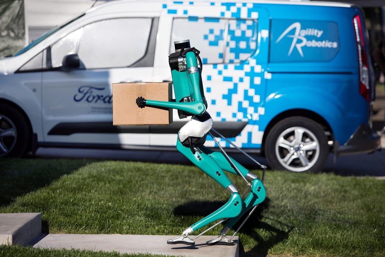 Akıllı Ford robotu tüm otonom araçlara ilham verecek.
