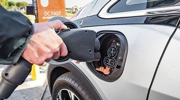 Elektrikli Araç Teşviklerinde Devler Yarışıyor…