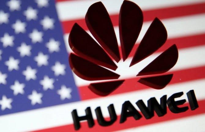 Facebook'ta Huawei Yaptırımlarına Katıldı.