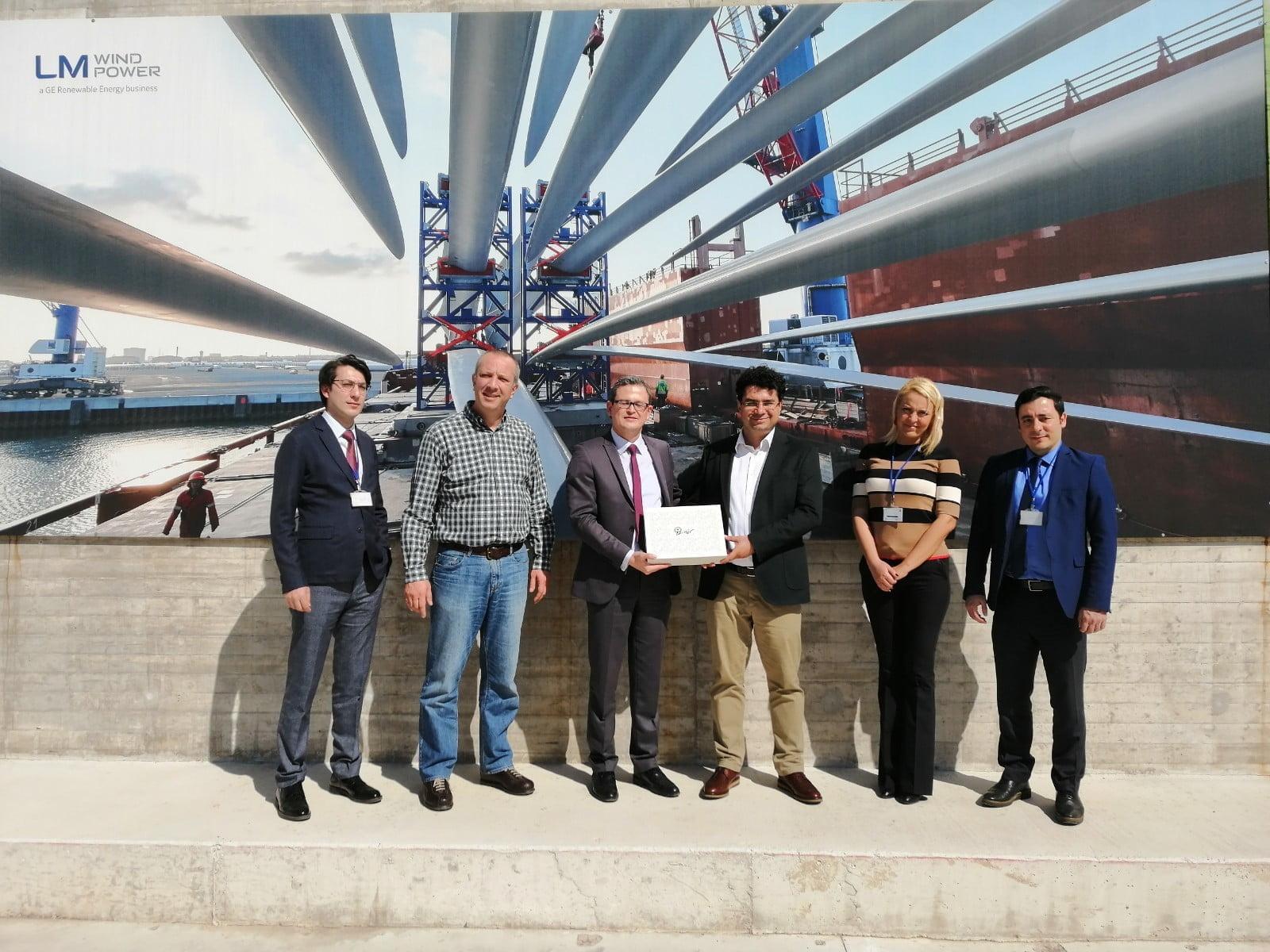 Rüzgar Türbini Kanat Üreticisi LM WIND POWER, İzmir'de Büyüyor.