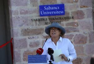 Sabancı Üniversitesi Yaratıcı Teknolojiler Atölyesi, Ayvalık Küçükköy'de açıldı.