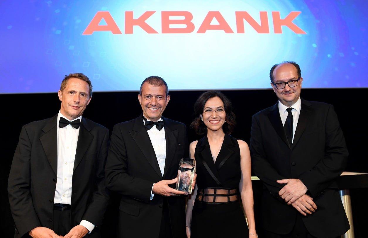 Dünyanın En İyi Dijital Bankası Akbank!
