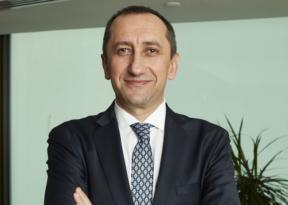 Türk Telekom'da yeni CEO Ümit Önal oldu!