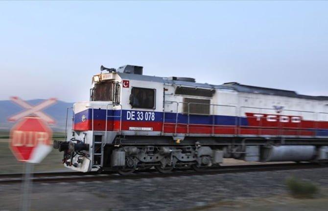 Türkiye ile Gürcistan arasındaki ilk ihracat treni yarın hareket edecek.