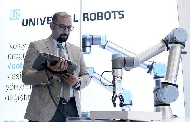 Universal Robots UR16e'yi piyasaya sürdü!