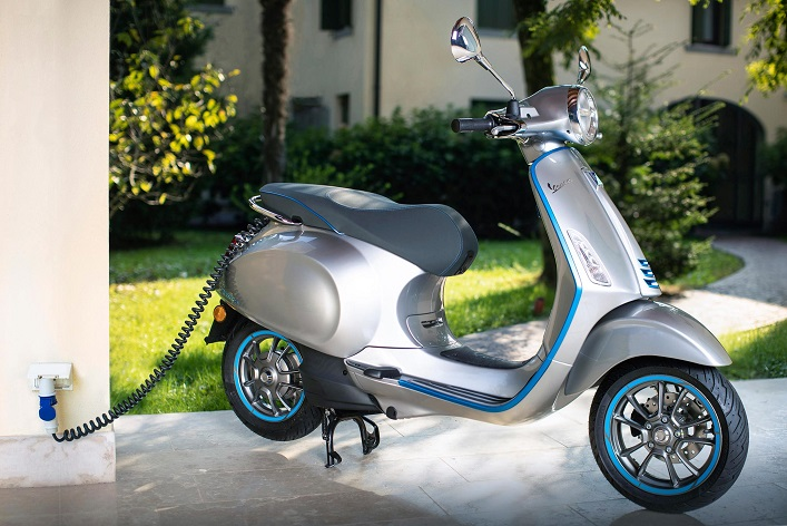 Vespa, Moto Guzzi ve Piaggio Teste Çıkıyor!