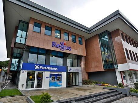 Regus'un yeni çalışma alanı Zincirlikuyu'da açıldı.