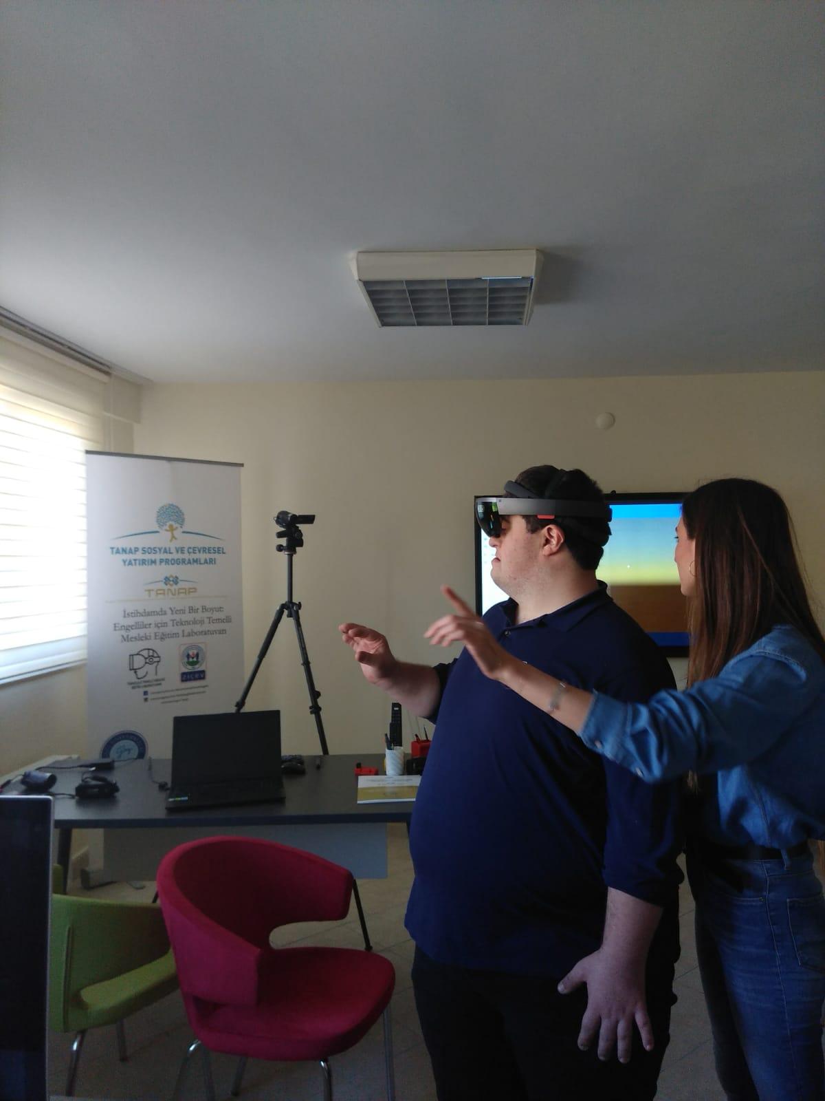 TANAP ve ZİÇEV'den Engelliler için Teknoloji Temelli Eğitim