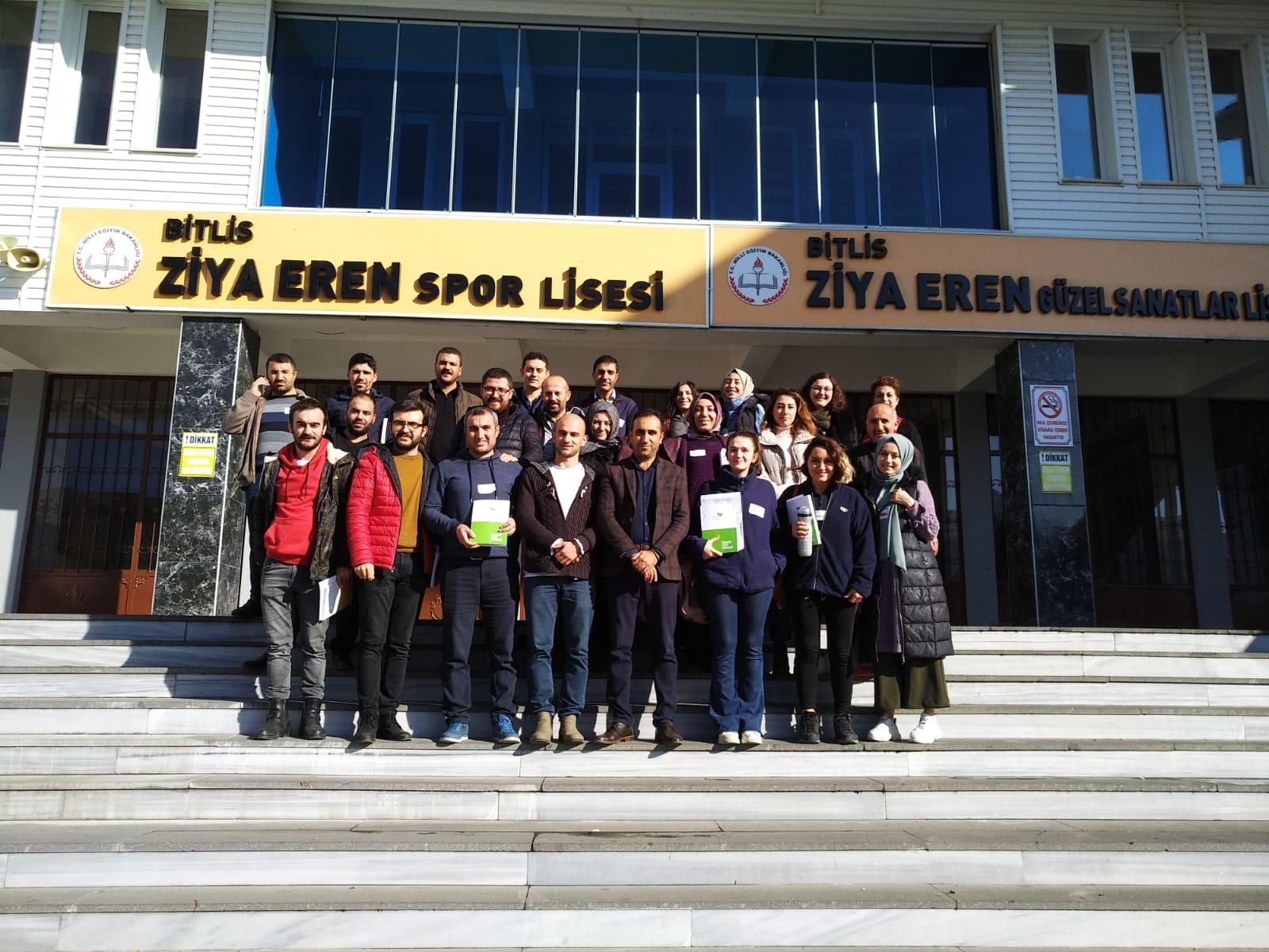 Eren Holding'in Kurumsal Desteğiyle Bitlis'teki Öğretmenlerle Çalıştı
