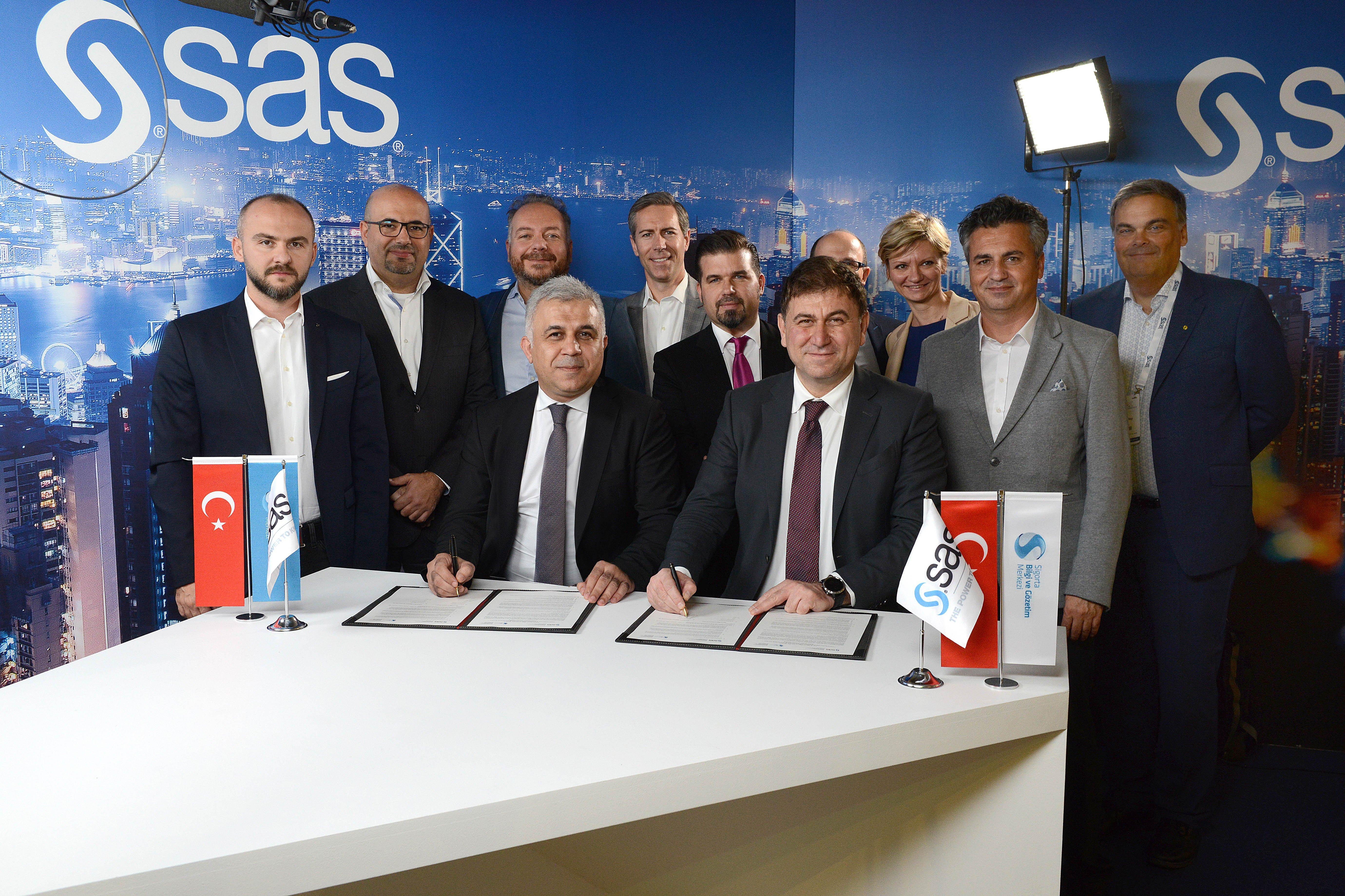 SBM ve SAS'tan Bulut Bilişim ve Analitik Servislerde İş Birlikteliği