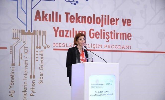 Milli Eğitim Bakanlığı ve Cisco'dan 1 milyon öğretmene akıllı teknoloji eğitimi.