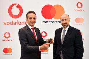 Vodafone'dan Yenilik, Temassız Kartla Yükleme!