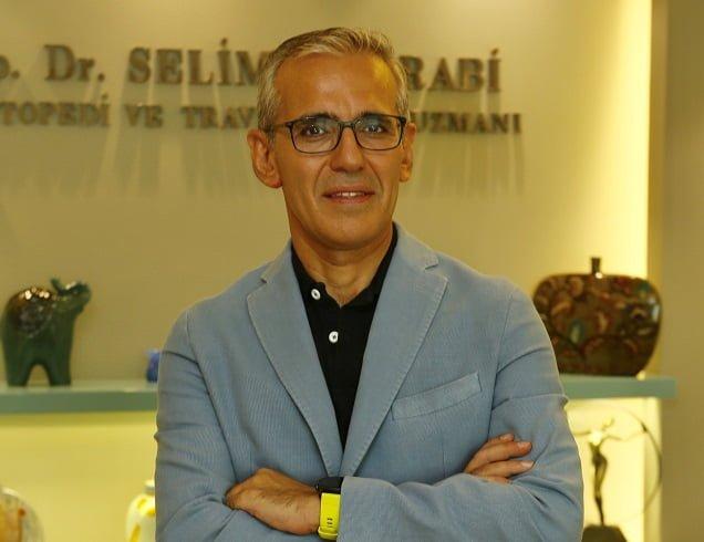 Dr. Selim Muğrabi'den evde spor yaparken sakatlanmamak için 7 öneri.