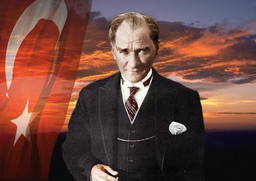 Garanti BBVA 19 Mayıs'ta Atatürk'ü sevdiği şarkılarla anıyor.