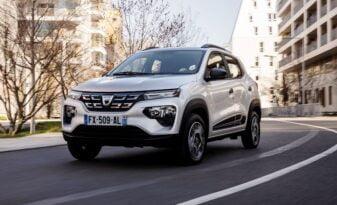 Dacia'nın en ekonomik elektrikli aracı Dacia Spring yollara çıkıyor