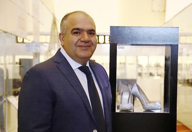 Made in Turkiye' etiketli 140 bin TL'lik ayakkabı Eksposhoes'da sergilendi