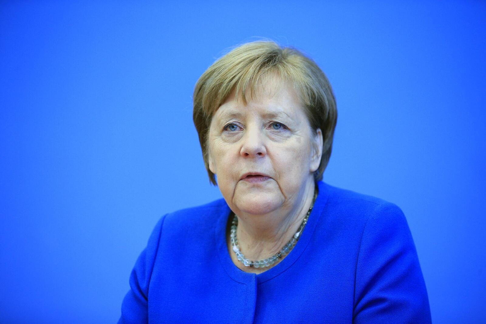 16 yıl aradan sonra görevini bırakan Angela Merkel Kimdir?