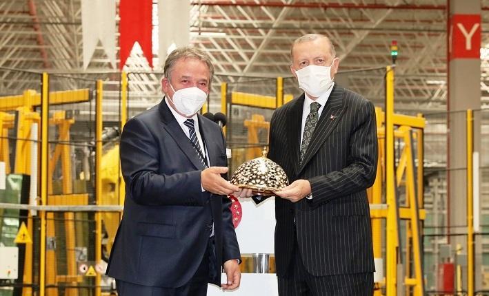 Şişecam'dan 4 milyar TL'lik yatırım müjdesi