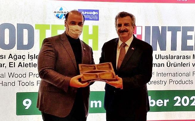 """60 ülkeden 10 bin yabancı ziyaretçi """"WoodTech"""" için İstanbul'a akın etti"""